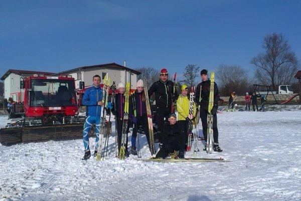 Bežci Mestského klubu lyžiarov v Kremnici na tréningu v Kremničke.