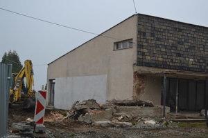 Starý Dom smútku Šváby. Čoskoro zmení svoju podobu.