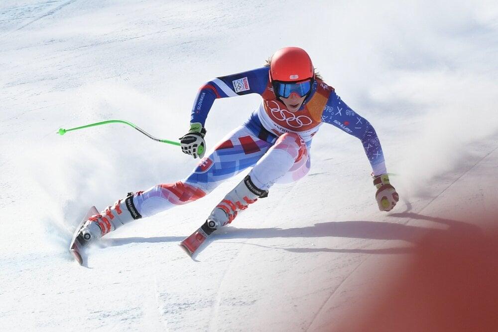 0d64c13f7 ZJAZDOVÉ LYŽOVANIE: Slovenská lyžiarka Petra Vlhová počas prvého kola  zjazdu v rámci kombinácie žien.