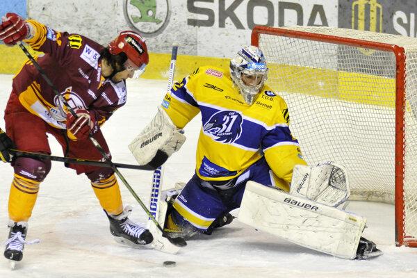 Dukla bojovala o ligové body s neďalekými Piešťanmi.