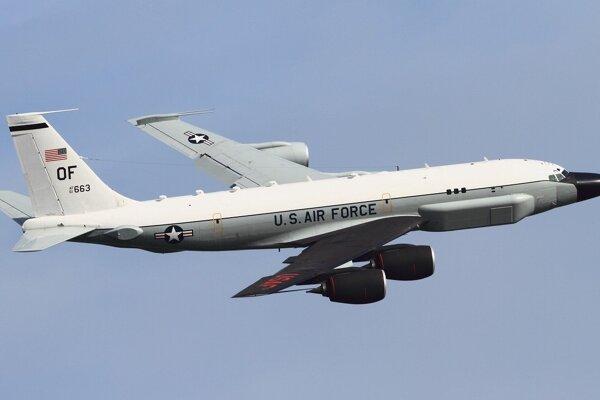 Americké špionážne lietadlo Boeing RC-135S.