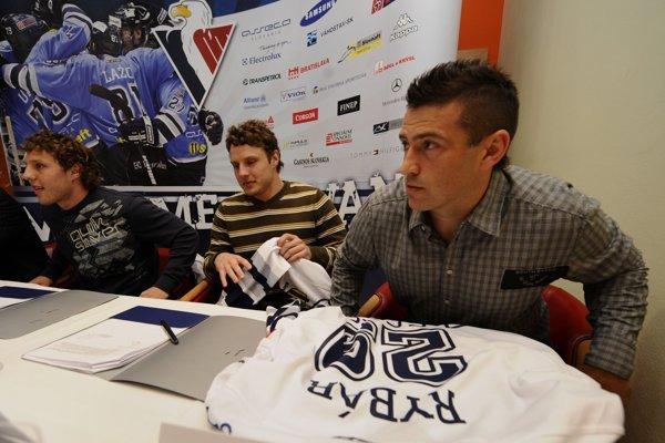 Pavol Rybár (vpravo) na snímke