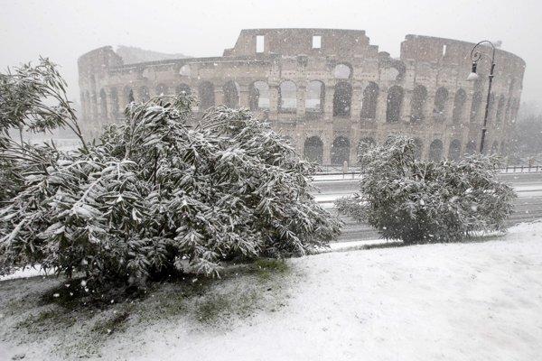 Teplota vzduchu v Ríme má poklesnúť až na mínus šesť stupňov Celzia.