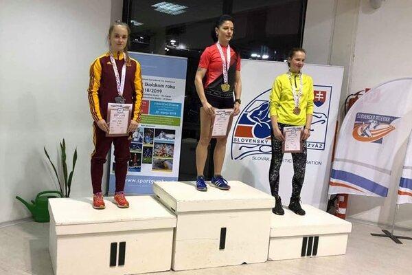 Lucia Vlčáková skončila v behu na 1500 m strieborná.