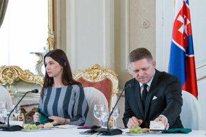 Mária Trošková s Robertom Ficom.