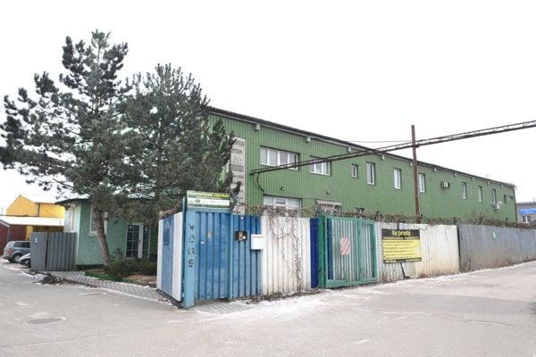 Podnikateľské centrum v Košiciach. Vlastní ho firma Igora Sidora. Prenajaté priestory tam mala aj firma podnikateľov talianskeho pôvodu.