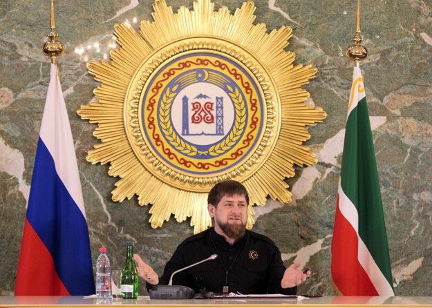Ramzan Kadyrov drží Čečensko pevnou rukou. Svojich odporcov likviduje aj v zahraničí.