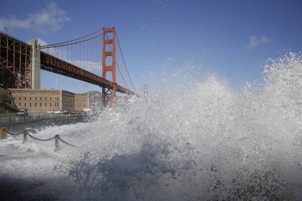 Dominantou San Francisca je slávny Golden Gate Bridge.