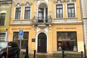 Vernisážou fotografií s názvom Vznik česko-slovenských légií v Múzeu Vojtecha Löfflera sa začal Mesiac frankofónie na východnom Slovensku.