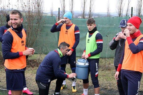 Futbalisti FC ViOn odštartovali prípravu na jarnú časť Fortuna ligy.