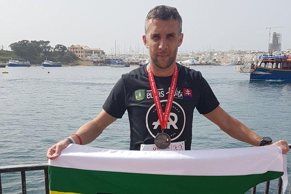 Gabriel Švajda vcieli polmaratónu vSlieme na Malte.
