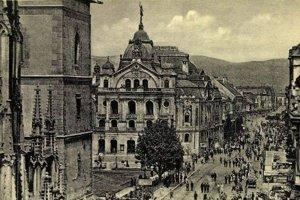 Pamiatky  imperiálnej epochy. V tom čase pribudlo v Košiciach mnoho ikonických stavieb, napríklad aj budova Národného (dnes Štátneho) divadla z roku 1899.