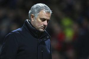 Tréner Manchestru United Jose Mourinho počas zápasu.