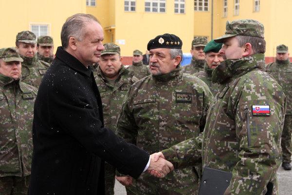 Prezident Kiska a náčelník Generálneho štábu OS SR Milan Maxim.