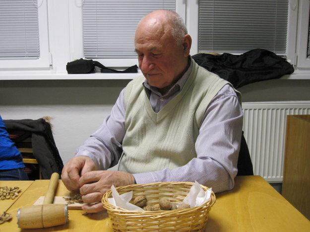 Stanislav Šujan si zaspomínal na páračky zo svojho detstva.