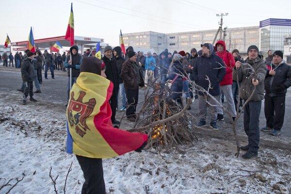 Demonštranti v Moldavsku.