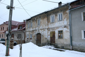 Dom patrí k najstarším pamiatkam v obci.