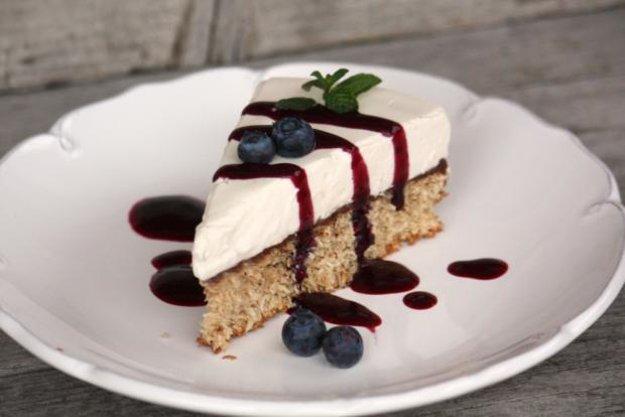 Kokosovo-smotanová nízkosacharidová tortička