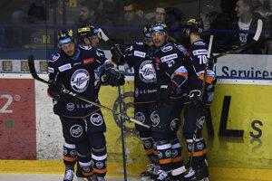Hokejisti Košíc znížili stav série.
