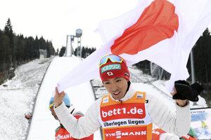 Akito Watabe je už istým víťazom Svetového pohára.