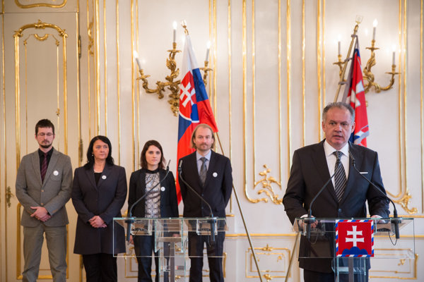 Prezident Andrej Kiska sa stretol s učiteľmi.