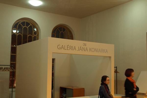 Šatňa na chóre synagógy.