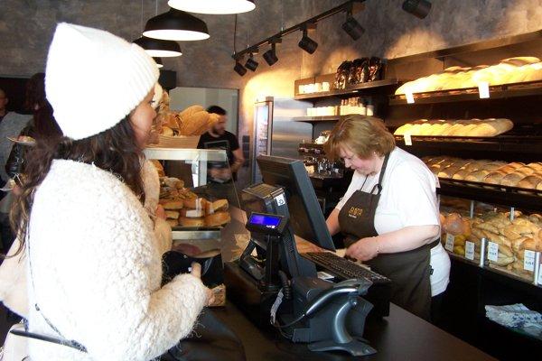 V kaviarni s pekárňou Dobrota.