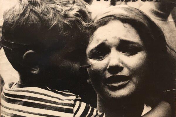Plagát z roku 1968, na ktorom je Mária Homolková so svojim päťročným synom.