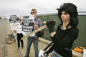 Nasim Aghdamová na proteste v roku 2009.
