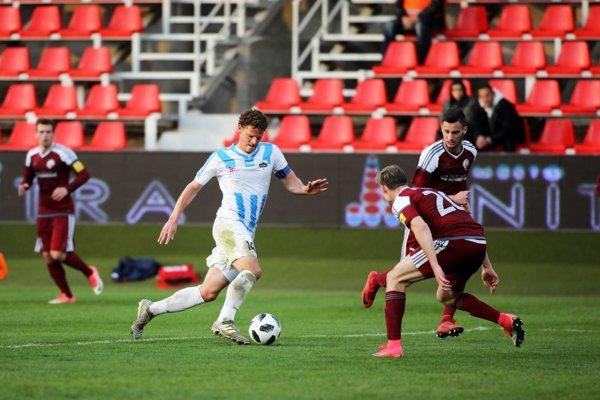 V zápase Nitry s Podbrezovou gól nepadol. Blízko k nemu bol Miloš Šimončič v závere.