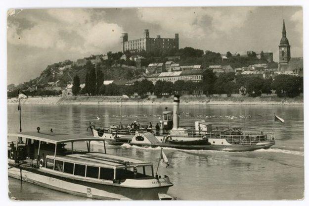 Propeler na Dunaji v čase svojej premávky.