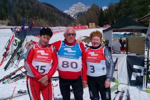 Trojlístok slovenských slalomárov. Zľava: Anna Blahútová, Vladimír Ivanko, Zuzana Matúšková.