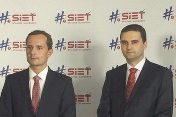 Ďalším kandidátom na primátora Prešova je Martin Ďurišin (vpravo), ktorého postavila strana Sieť.