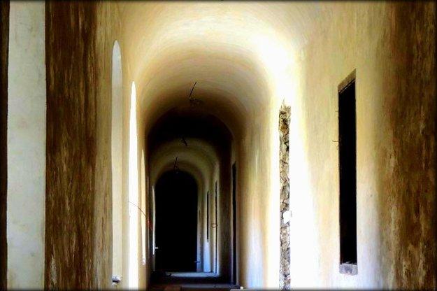 Chodba kláštora vPodolínci.