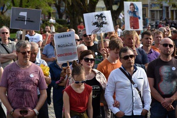 Momentka z protestu v Humennom.