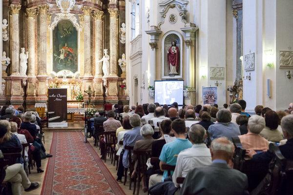 Tento rok sa koncerty namiesto piaristického kostola budú konať v katedrálnej bazilike.