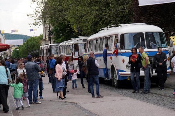 Škoda 706 RTO na košickej Hlavnej.