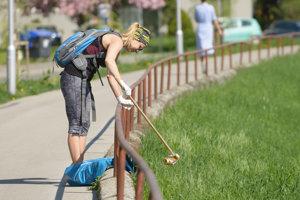 Nábrežie čistili dobrovoľníci.