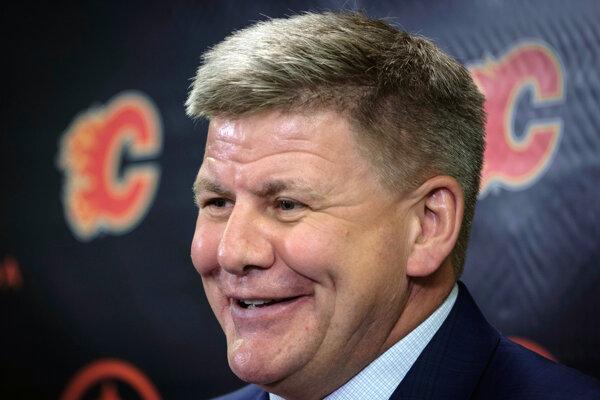 Novým trénerom klubu zámorskej hokejovej NHL Calgary Flames sa stal Bill Peters.