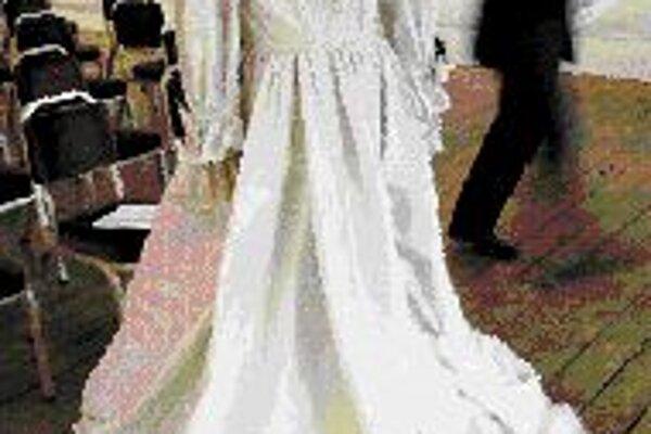 Divadelný kostým svadobných šiat princeznej Diany.