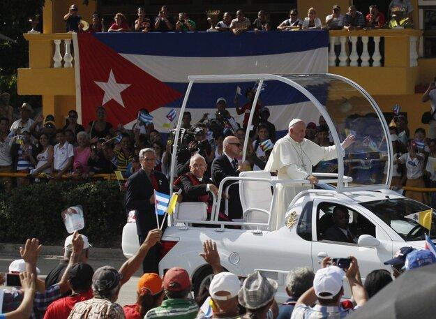 Ak František nechce byť – podľa Malachiášovej veštby – posledným pápežom, mal by krotiť svoju revolučnosť. FOTO: TASR/AP