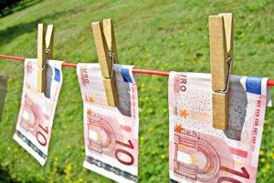 Muž prišiel o viac ako 1 500 eur.