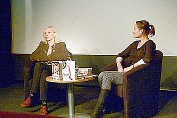 S Ivanou Havranovou (vľavo) sa porozprávala Monika Pálušová - Vajdová.