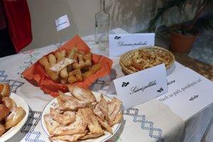 Súčasťou podujatia bola aj súťaž o najchutnejšie fašiangové dobroty. Folklórne skupiny priniesli rôzne na ochutnanie, fánky, šišky, alebo iné koláče či sušené ovocie.