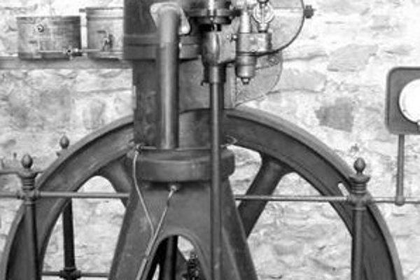 Vynálezca Rudolf DIesel a jeden z prvých dieselových motorov, ktoré pochádzajú z firmy M.A.N.