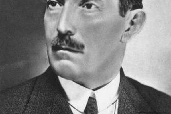 Vladimír Roy bol modernista.
