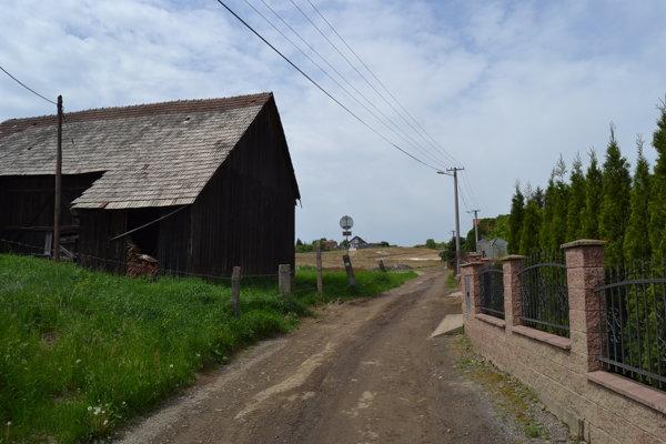 Obyvatelia Terchovskej ulice sa sťažujú na znehodnotenú studňu.