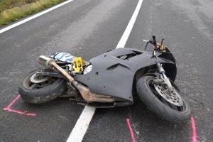Vo Svrčinovci majú problém s motorkármi, ktorí nerešpektujú predpisy.