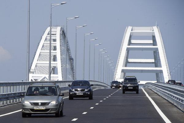 Most ponad Kerčský prieliv, ktorý spája juhoruský Krasnodarský kraj s Krymom.