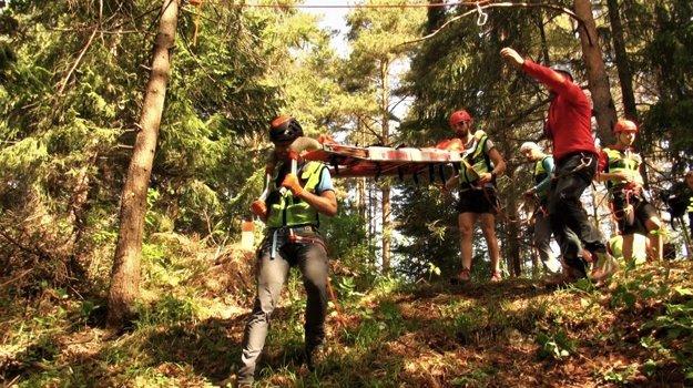 Horskí záchranári pri cvičení